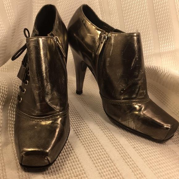 Claudia Ciuti Made in Italy metallic leather shoes